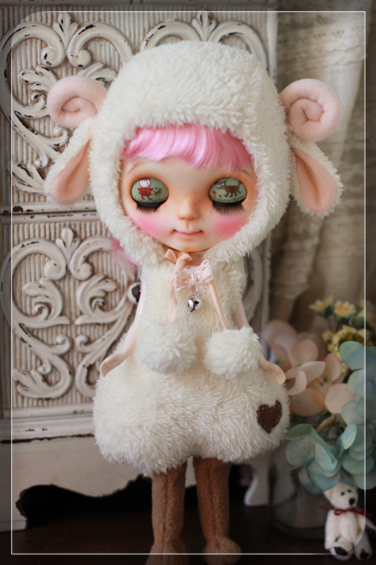 Sheep outfit for Blythe by Chilly Qi, Blythe clothes