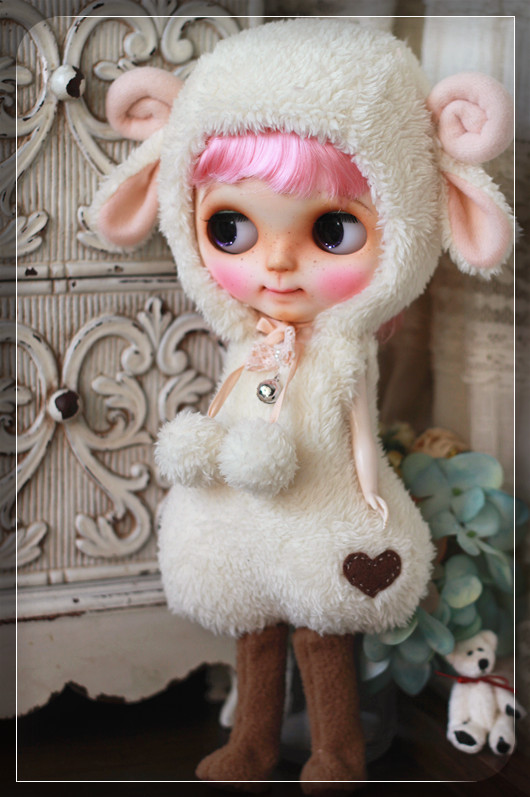 Blythe - Sheep outfit for Blythe by Chilly Qi